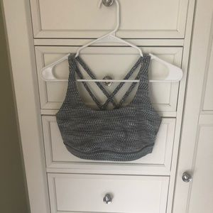 Lululemon Energy Bra - excellent condition!